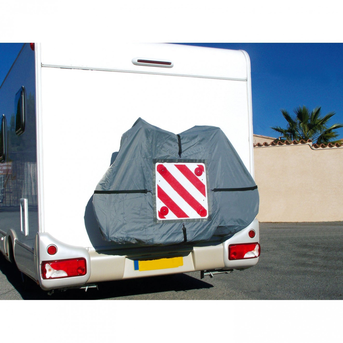 equipement camping car accessoires de portage pas chers pour caravane. Black Bedroom Furniture Sets. Home Design Ideas