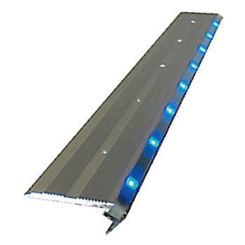 Plafonnier plat slimlite 36 leds 12volts 185x111x h12 mm for Eclairage exterieur 12 volts