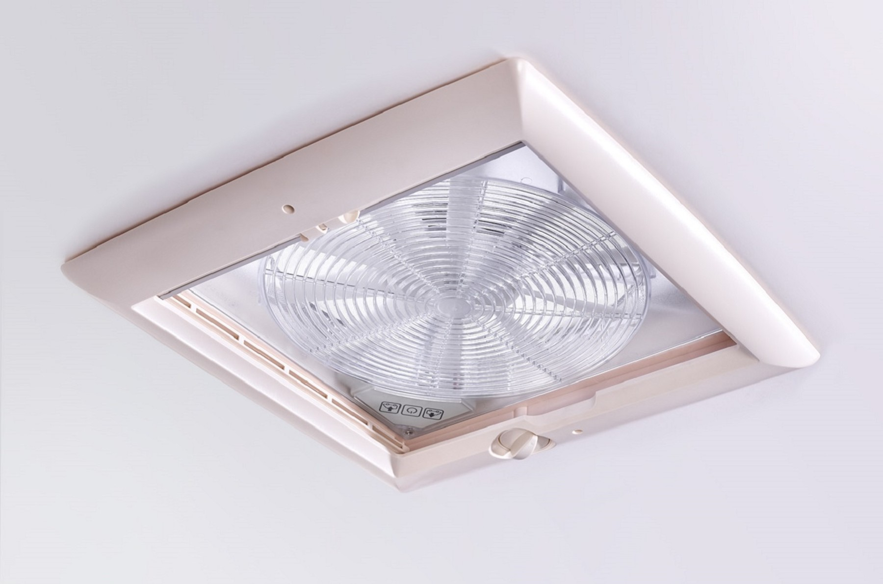 omnivent 12v blanc ventilateur 12 volts. Black Bedroom Furniture Sets. Home Design Ideas
